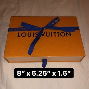 LOUIS VUITTON | LV Box + Ribbon
